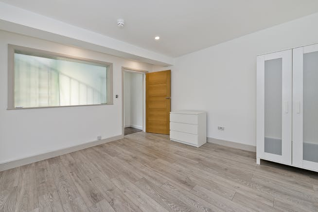 Unit 14, London, Residential To Let - unit 14 the talina centre7722 low.jpg