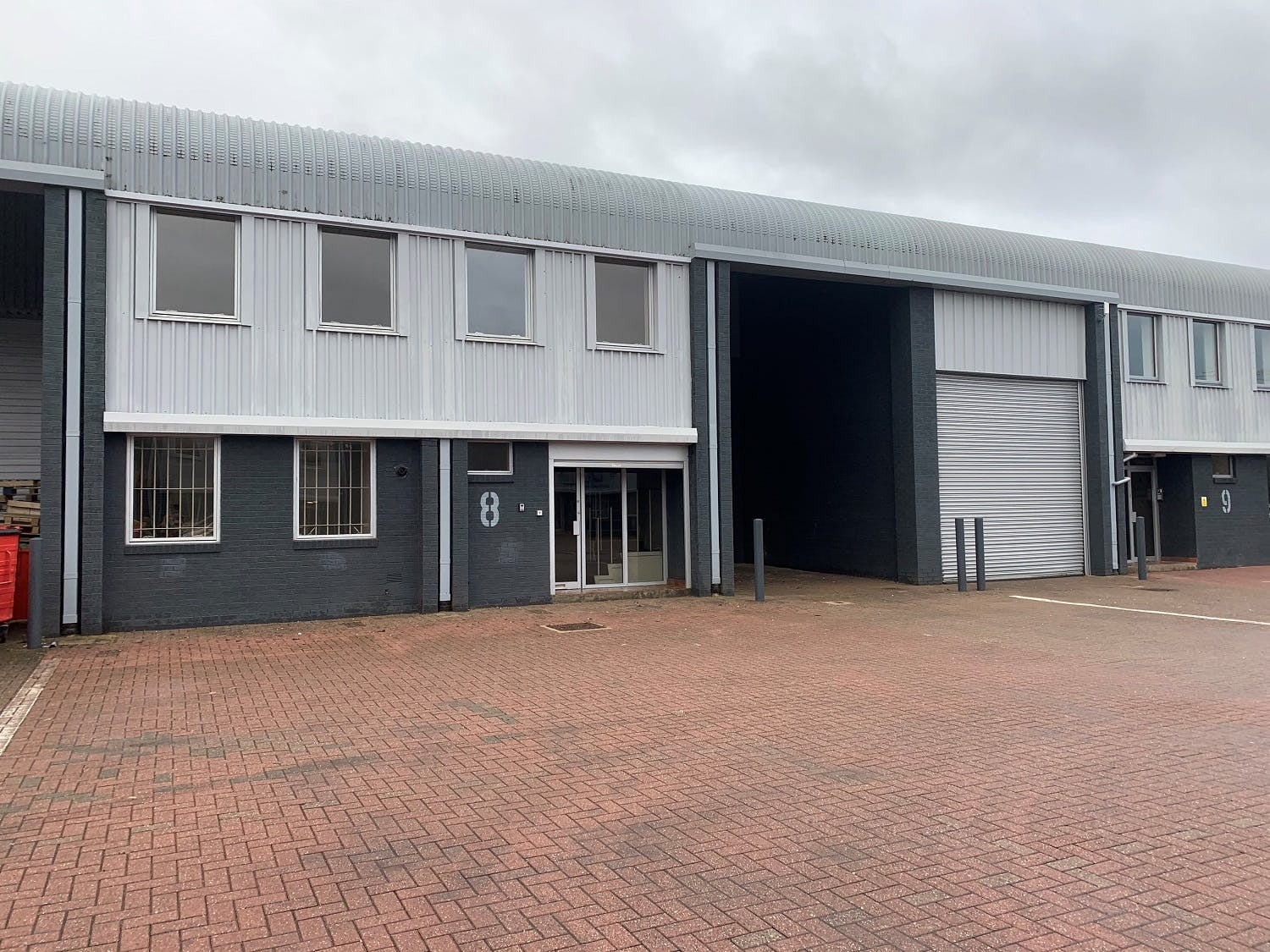 Units 8 & 9 The Business Centre, Wokingham, Industrial To Let - Outside 6.jpg