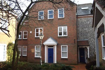 4 St Georges Yard, Farnham, Offices To Let - DSCF1307.JPG