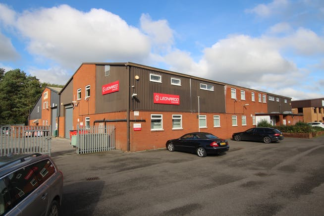7A Woolmer Trading Estate, Bordon, Warehouse & Industrial To Let - IMG_0376.JPG