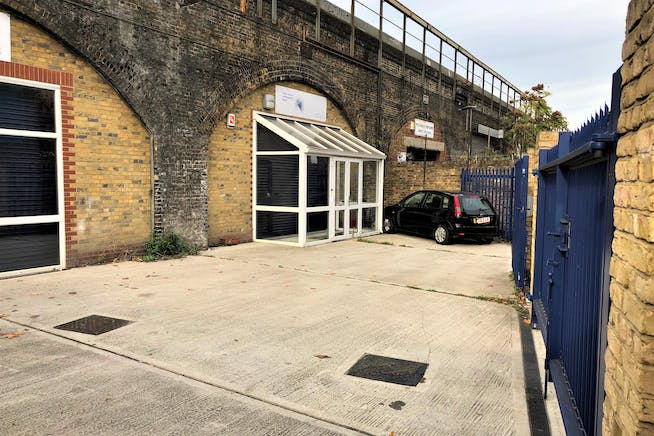 Arch 140 Newport Street, Vauxhall, Industrial To Let - 1407&141.jpeg