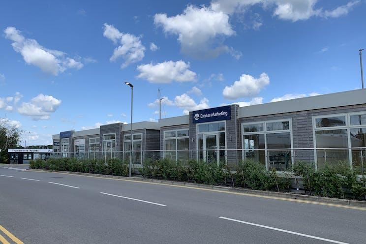 Hamble Point Marina, Southampton, Office To Let - 20210714 165350.jpg