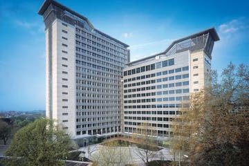 Great West House, Great West Road, Brentford, Offices To Let - Exterior.jpg