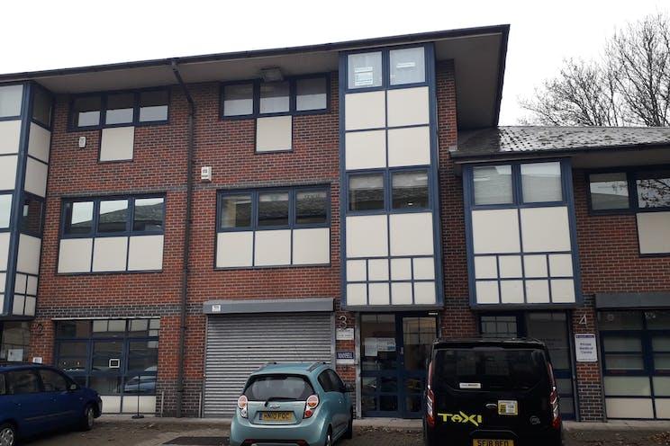 1st Floor Unit 3 Viceroy House, Mountbatten Business Park, Southampton, Office To Let - 20181120_140300.jpg