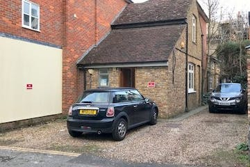 88b High Street, Windsor, Office / D1 To Let - Picture7.jpg