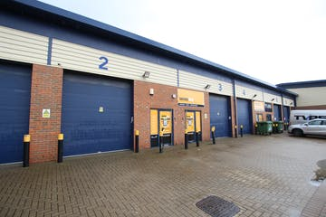 Units 3 & 4 Helix Business Park, Camberley, Warehouse & Industrial To Let - IMG_1825.JPG