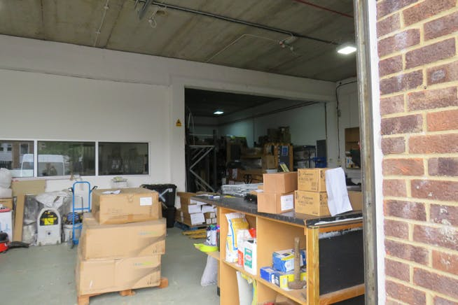 25 Invincible Road, Farnborough, Warehouse & Industrial For Sale - IMG_0330.JPG