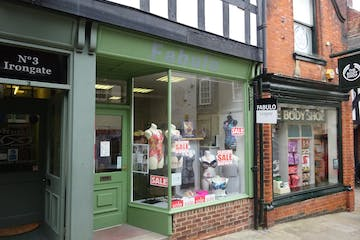 4 Irongate, Chesterfield, Retail To Let - DSC02865.JPG