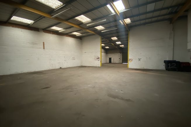 Units 13-14 Thornham Grove Industrial Estate, London, Industrial To Let - IMG_4658.JPEG