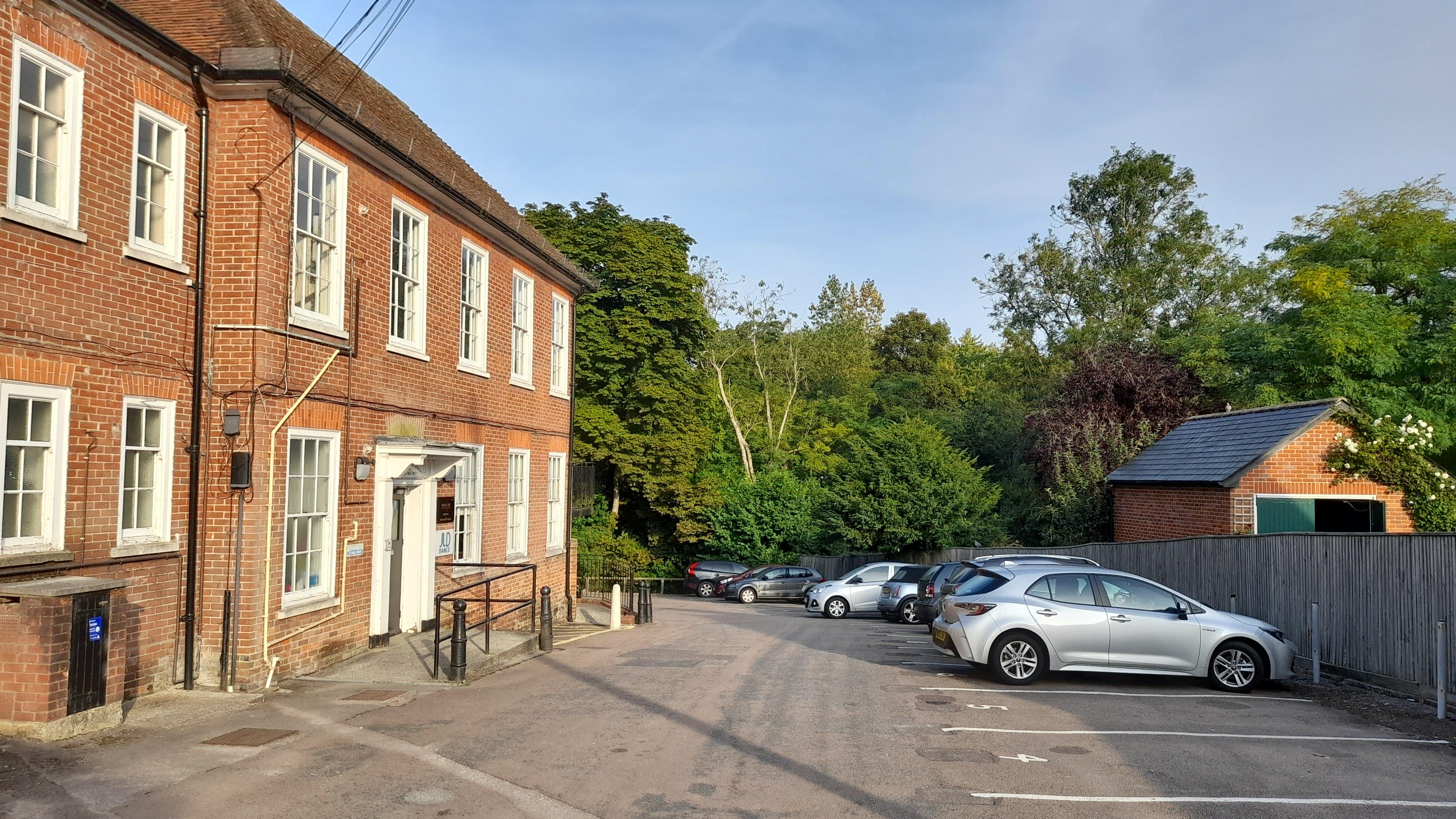 24 Swan Street Kingsclere, 24 Swan Street, Newbury, Development (Land & Buildings) / Investments / Offices For Sale - 20210906_082025.jpg