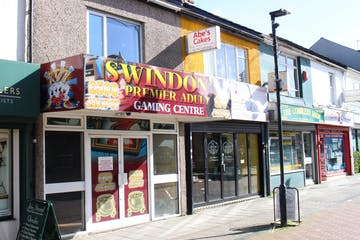 7 Market Street, Swindon, Retail For Sale - External cropped.jpg
