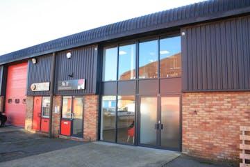 11 & 20 Riverside, Dogflud Way, Farnham, Offices To Let - IMG_0536.JPG