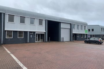 Units 8 & 9 The Business Centre, Wokingham, Industrial To Let - Outside 5.jpg