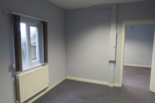 GF Office Suite, 57 Lynchford Road, Farnborough, Offices To Let - IMG_0570.JPG