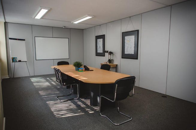 Suite 3A2, Westmead House, Farnborough, Offices To Let - WestmeadHouseSept2020SophieDuckworthPhotography32.jpg