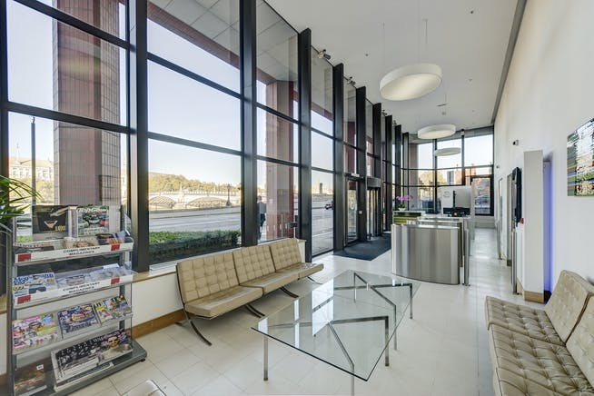 Westminster Tower, London, Offices To Let - Reception
