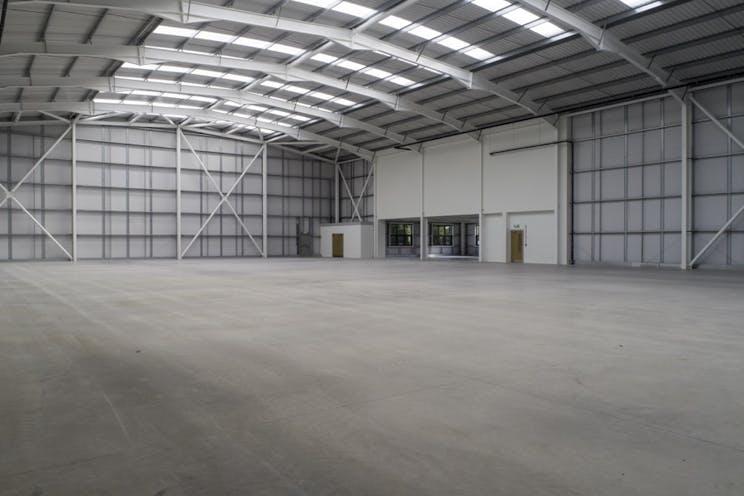 Unit 1 Total Park, Theale, Reading, Industrial To Let / For Sale - unit 1 Image 14 LR.jpg