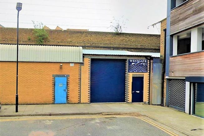 Arches 361-362 Warburton Street, London Fields, Offices / Industrial / Leisure To Let - ext...JPG