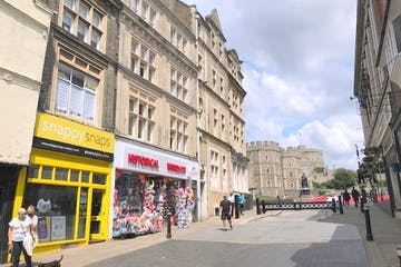 Snappy Snaps, 141 Peascod Street, Windsor, Investment / Retail For Sale - IMG_1453.jpg