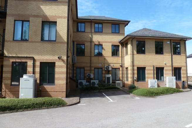 Fawley House, Bourne End, Offices / Investment For Sale - P1070995.JPG