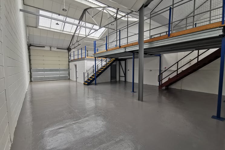 Unit 4, Red Lion Business Park, Surbiton, Warehouse & Industrial To Let - IMG_20200528_103534.jpg