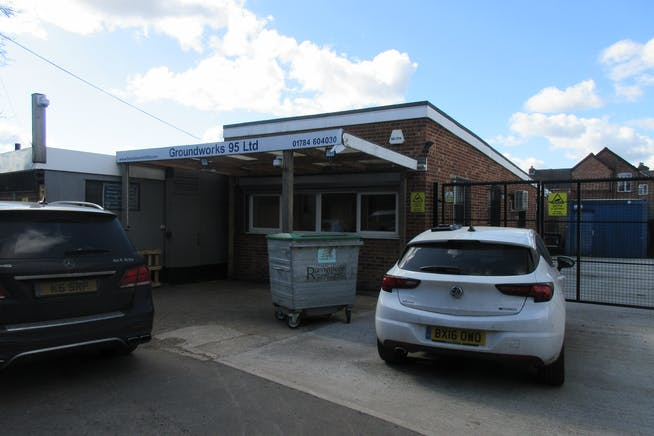 Commercial Unit 1/1A, Groundworks House, Egham, Offices To Let - IMG_2427.JPG