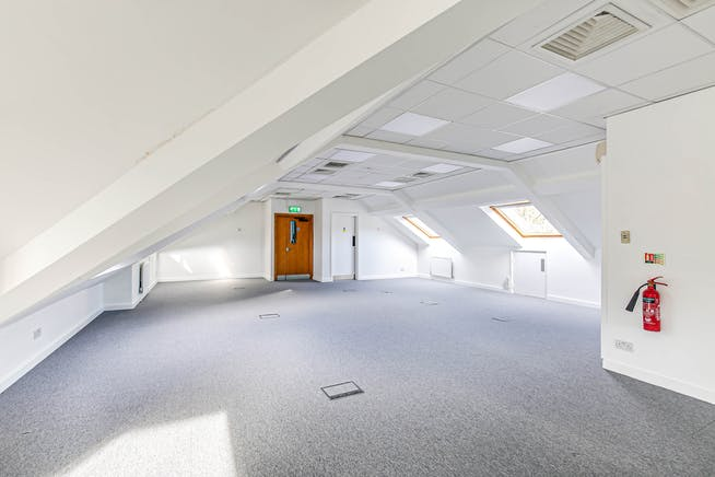 The Crown (Suite G), Westerham, Offices To Let - 11.jpg