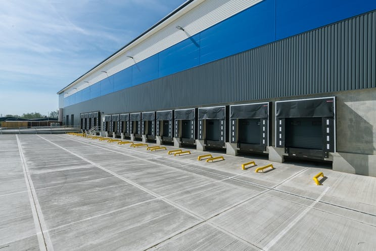 135 Theale Logistics Park, Theale, Reading, Industrial / Office To Let - d2iTLP04202028.jpg