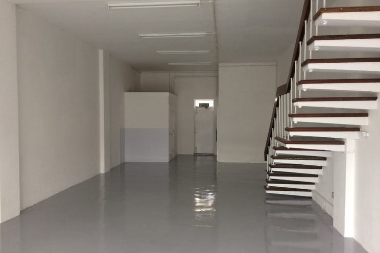 Ground Floor, 44B High Street, Portsmouth, Retail To Let - 238-4274-1024x768.jpg