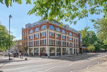 138 Kingsland Road, London, Offices To Let - 2.jpg - More details and enquiries about this property