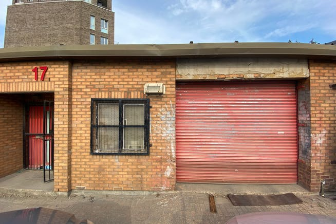 Unit 17 Greenshields Industrial Estate, London, Industrial To Let - IMG_2562.jpg