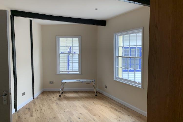 1st & 2nd Floors, 10 Middle Street, Horsham, Office To Let - IMG_2120.jpg