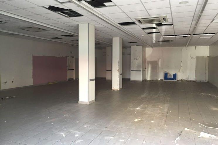 104 Elm Grove, Southsea, Retail To Let - 238-4815-1024x768.jpg