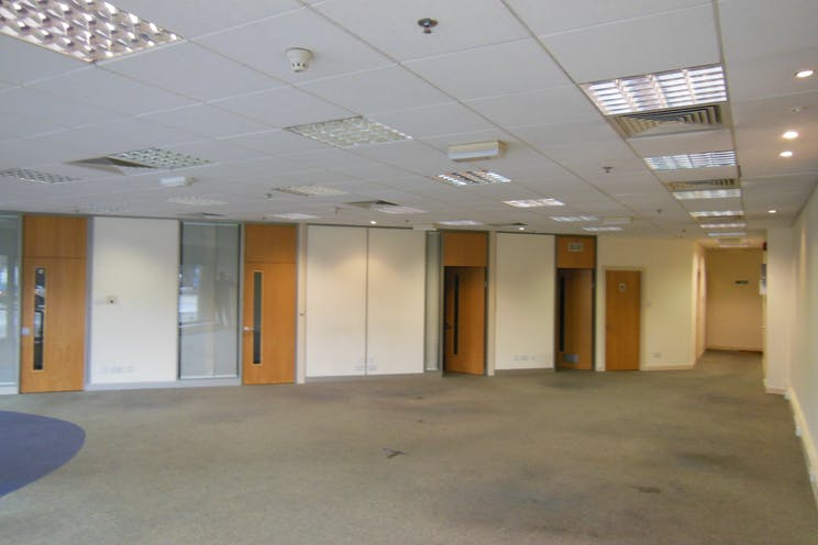 Unit 1 Briarcliff House, 99 Eastmead, Farnborough, Retail, Offices To Let - DSCN6657.JPG