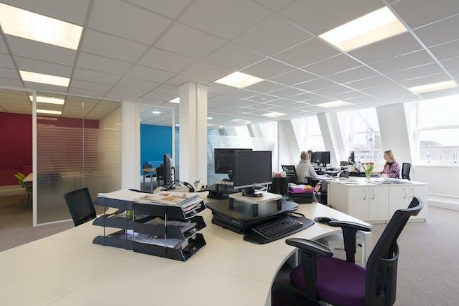 25 To 29 Queen Street, Maidenhead, Office To Let - Third floor 9.jpg