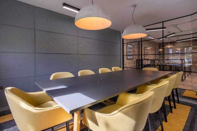 Reef House, Plantation Wharf, London, Offices To Let - Communal Meeting Room