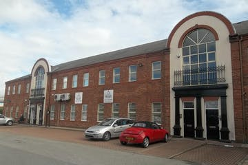 Taylors Court, Rotherham, Office To Let - 100_4337.JPG