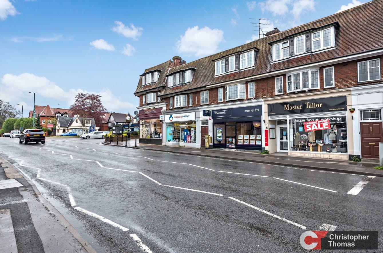 3 Broomhall Buildings, London Road, Sunningdale, Investment / Retail For Sale - eb8b333f28284b418581837badf67458.jpg