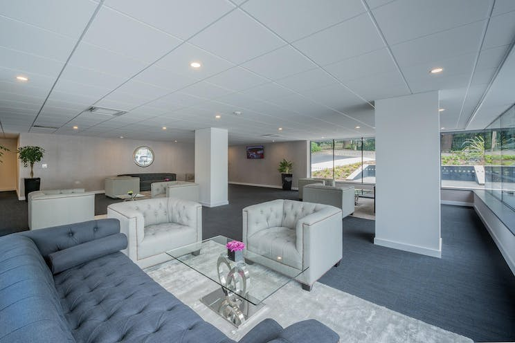Arena Business Centre, Abbey House, Farnborough, Offices To Let - Business Lounge