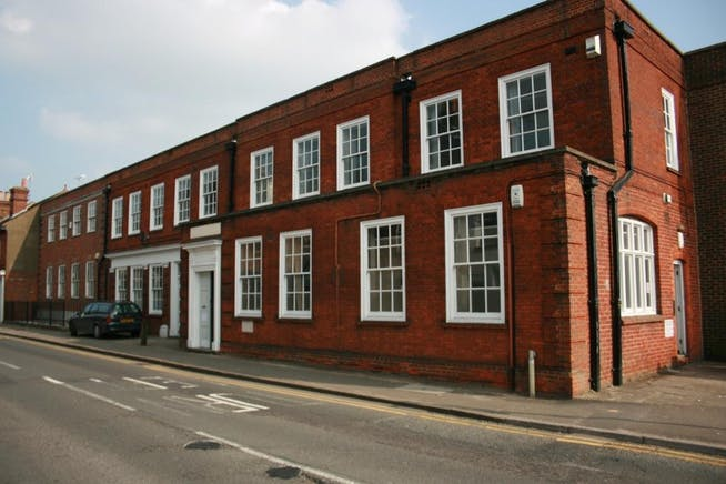 St Pauls House, Farnham, Offices / Serviced Offices To Let - St_Pauls_House_001.jpg