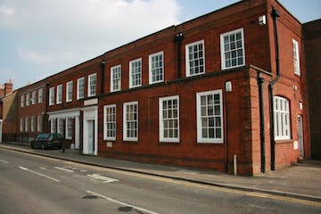 St Pauls House, Farnham, Office, Serviced Office To Let - St_Pauls_House_001.jpg
