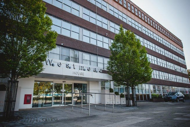 Suite 3A2, Westmead House, Farnborough, Offices To Let - WestmeadHouseSept2020SophieDuckworthPhotography7done.jpg