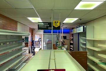 Unit 43, Greywell Shopping Centre, Havant, Retail To Let - 1gih6WQw.jpg