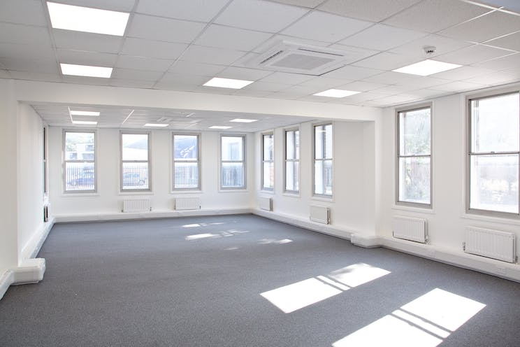 Towergate House, Cumberland Works, Wintersells Road, Byfleet, Offices To Let / For Sale - 3D3A2481.jpg
