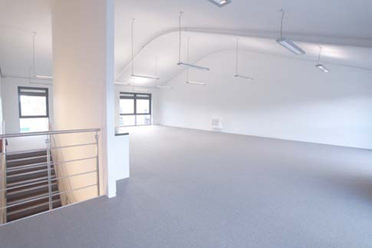 Unit 3 The Green, Benyon Road, Reading, Office To Let - Internal Photo.jpg