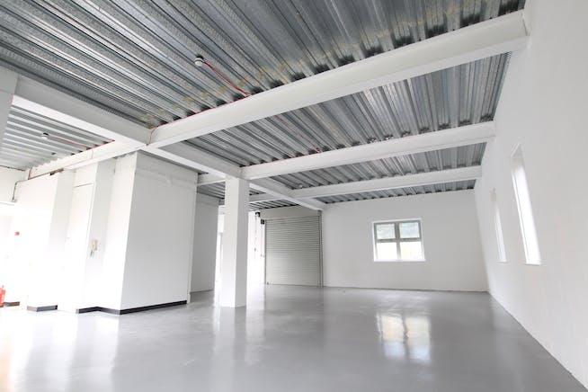 Unit 3 Bridge Court, Wrecclesham, Farnham, Offices / Warehouse & Industrial To Let - IMG_9045.JPG