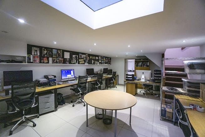Studio 657, Flat 65, London, Leisure For Sale - 657FulhamRd009.jpg