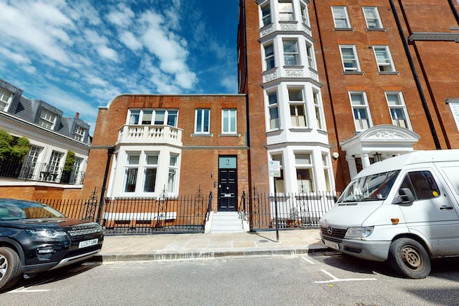 2 Cadogan Gate, London, Office To Let - 2CadoganSquareStreetView.jpg