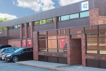 Unit 42 Suttons Business Park, Reading, Industrial To Let - Exterior Photo.jpg