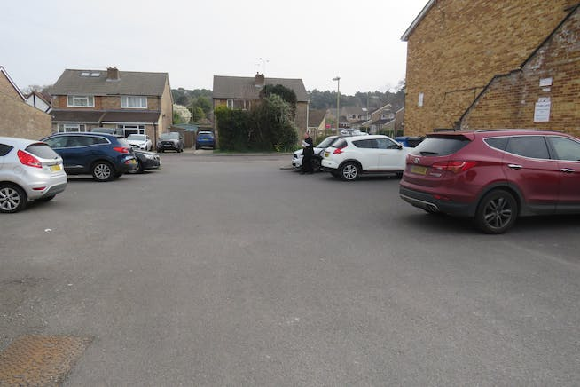 16 Northfield Road, Fleet, Offices / Retail For Sale - IMG_0750.JPG